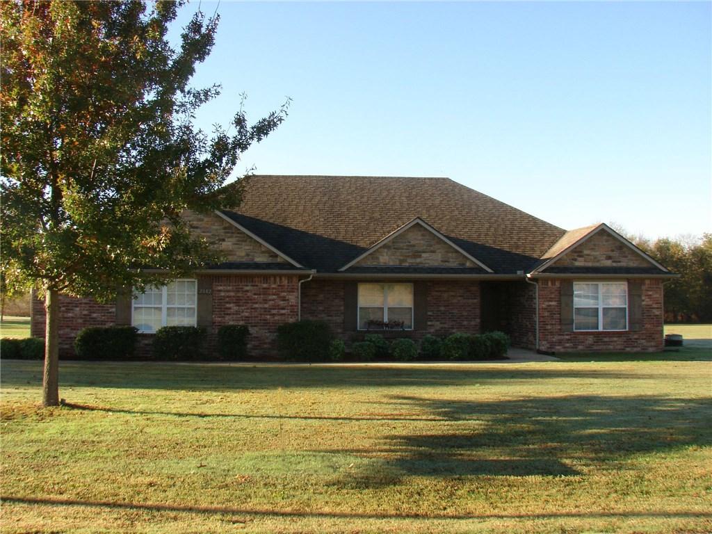 2002 Estates DR, Grove, OK 74344