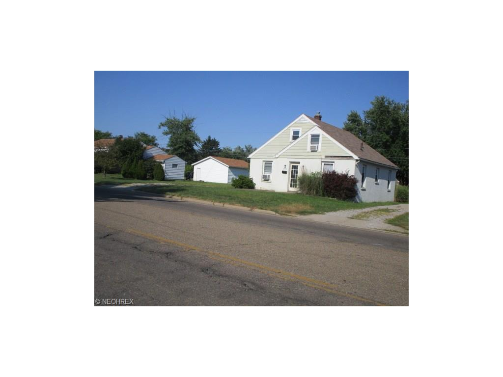 2552 Bell St, Zanesville, OH 43701