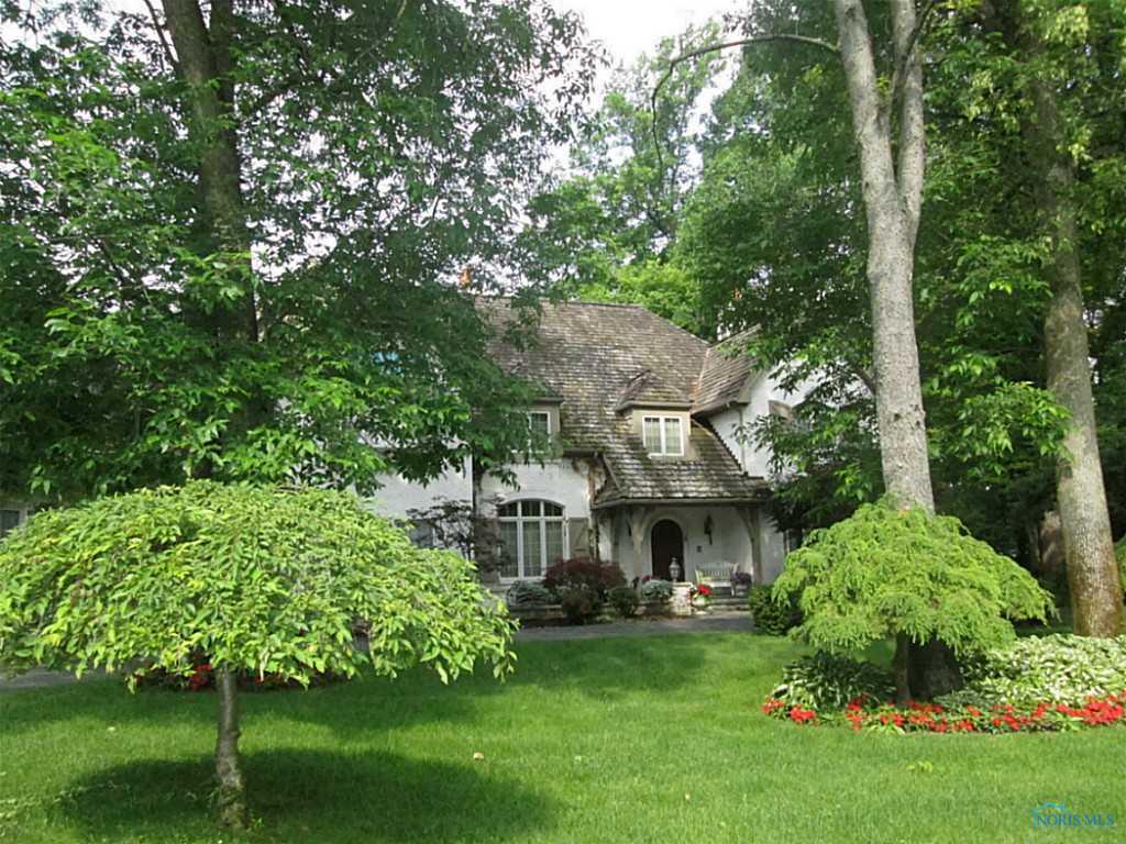 4301 Pear Tree Court, Sylvania, OH 43560