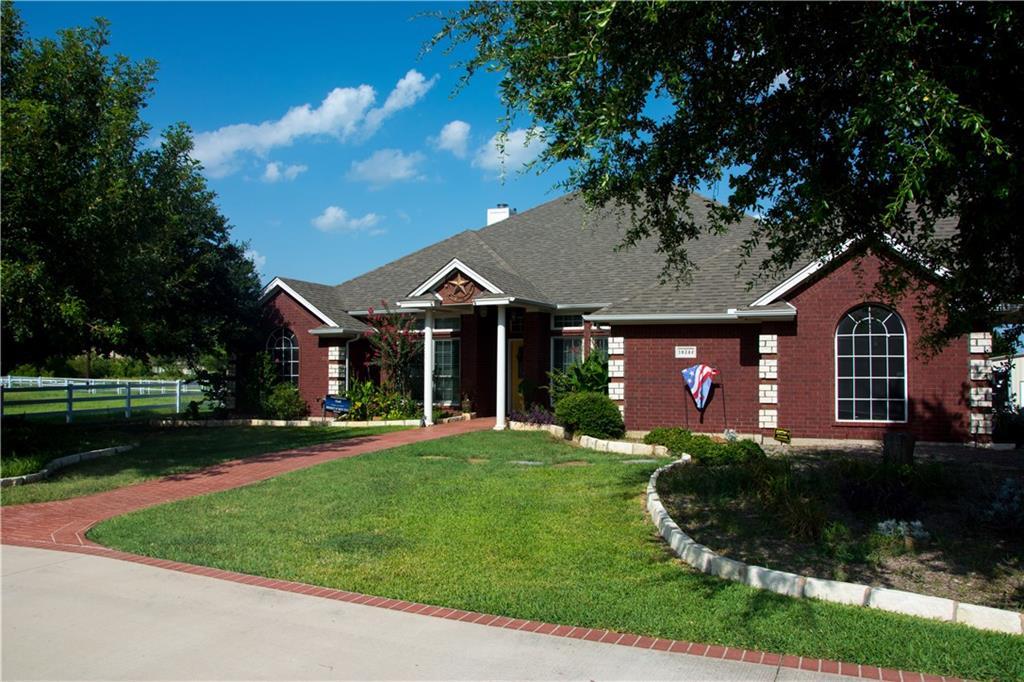 10348 Creek Hollow Lane, Fort Worth, TX 76131