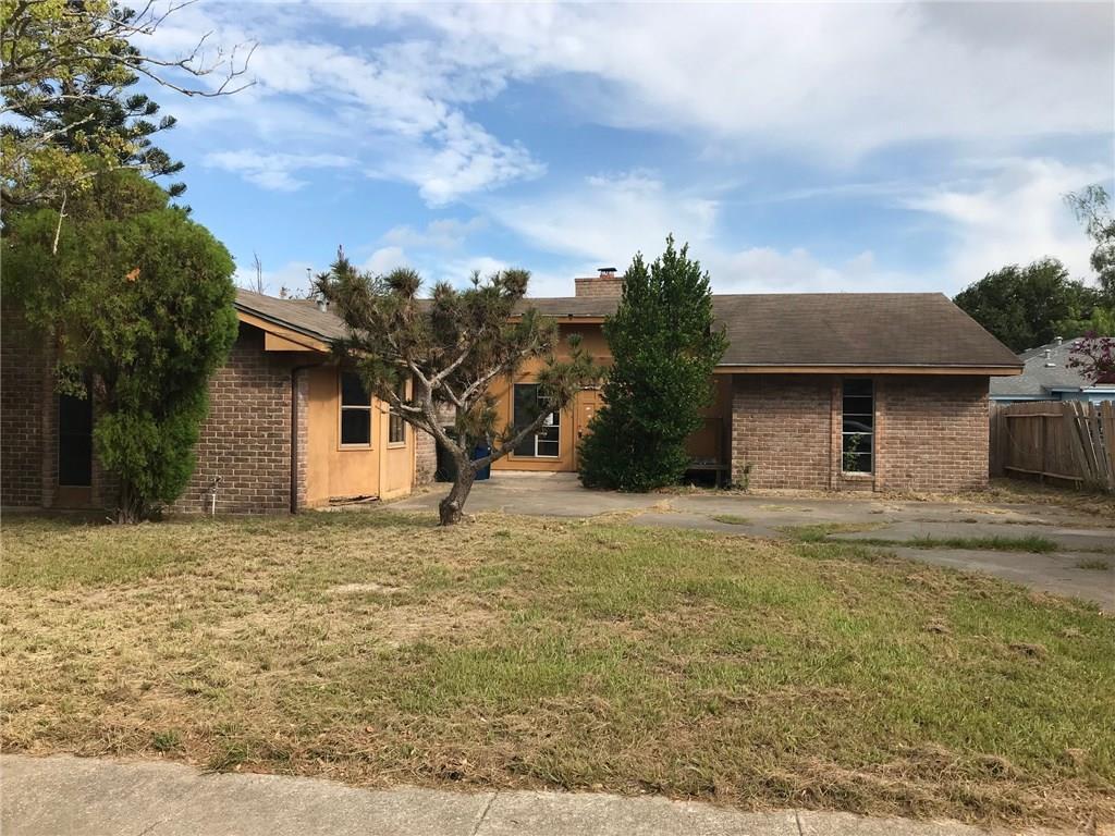 3305 Meadow Ridge Dr, Corpus Christi, TX 78418