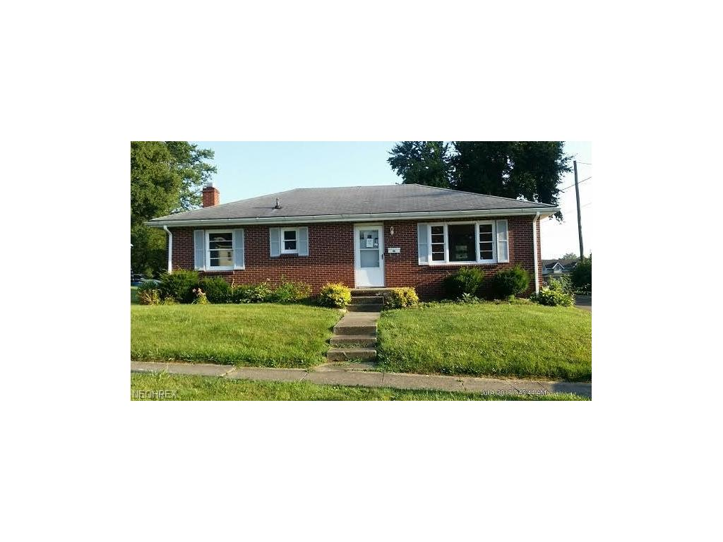 35 W Dave Longaberger Ave, Dresden, OH 43821