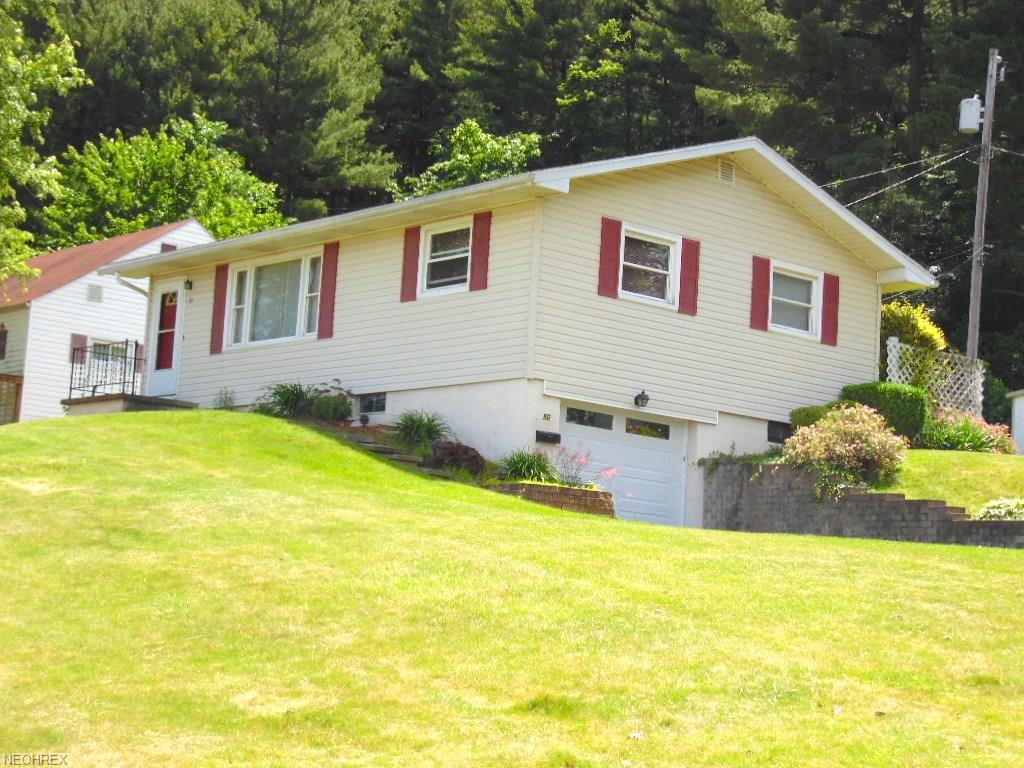 50 Bedford Dr, Coshocton, OH 43812