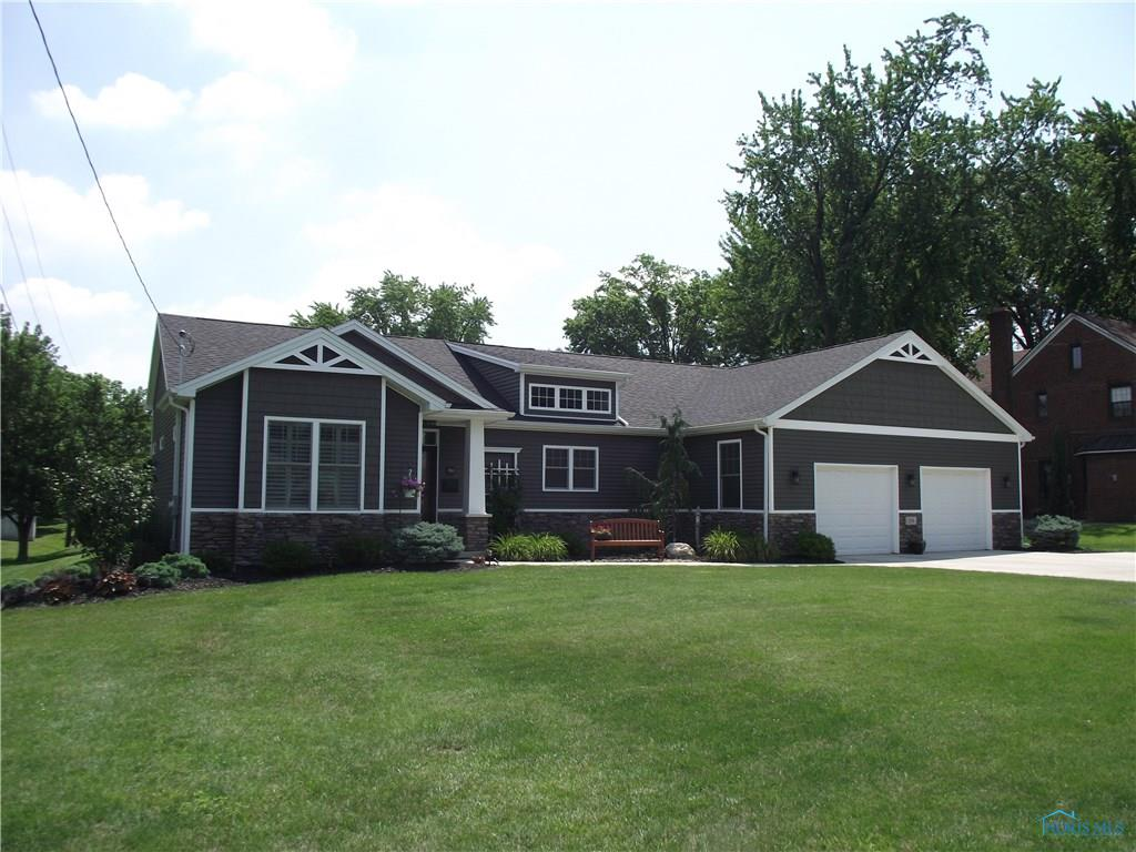 334 Jennings Road, Rossford, OH 43460