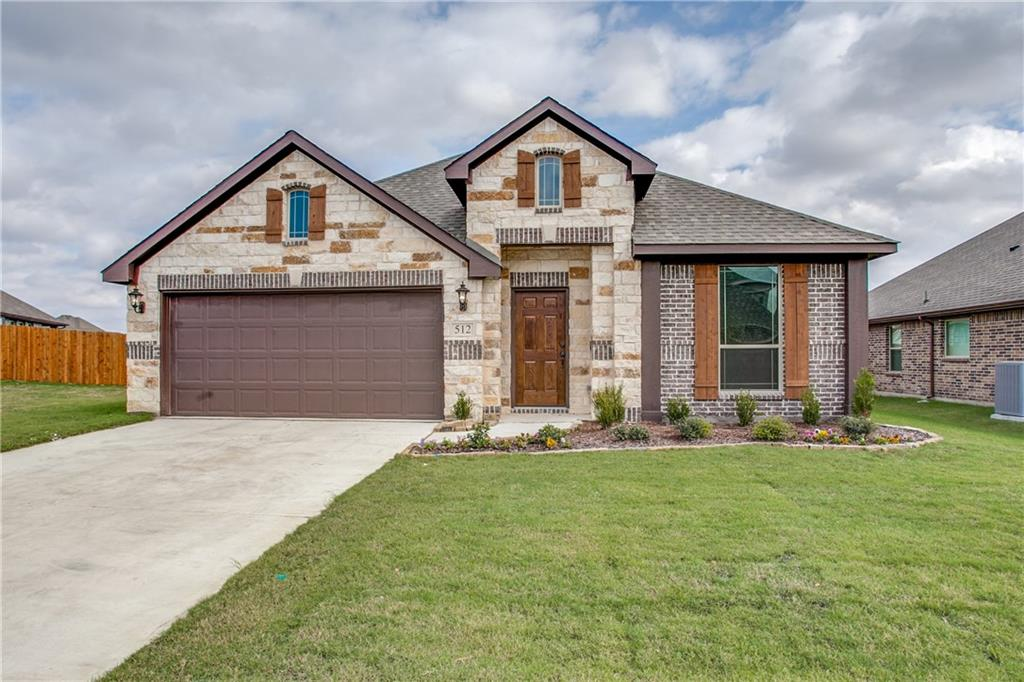 512 Cottage Place, Lavon, TX 75166