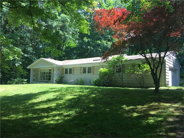 Open and bright Contemporary on a quiet cul-de-sac. Living room with vaulted ceiling and fireplace, dining area, EIK w/ skylights , Master with master bath, 2 additional bedrooms and family room.  An extra 675 Lower level square feet  that is above grade and  not included in  square footage.  Great bones but needs your personal touch!