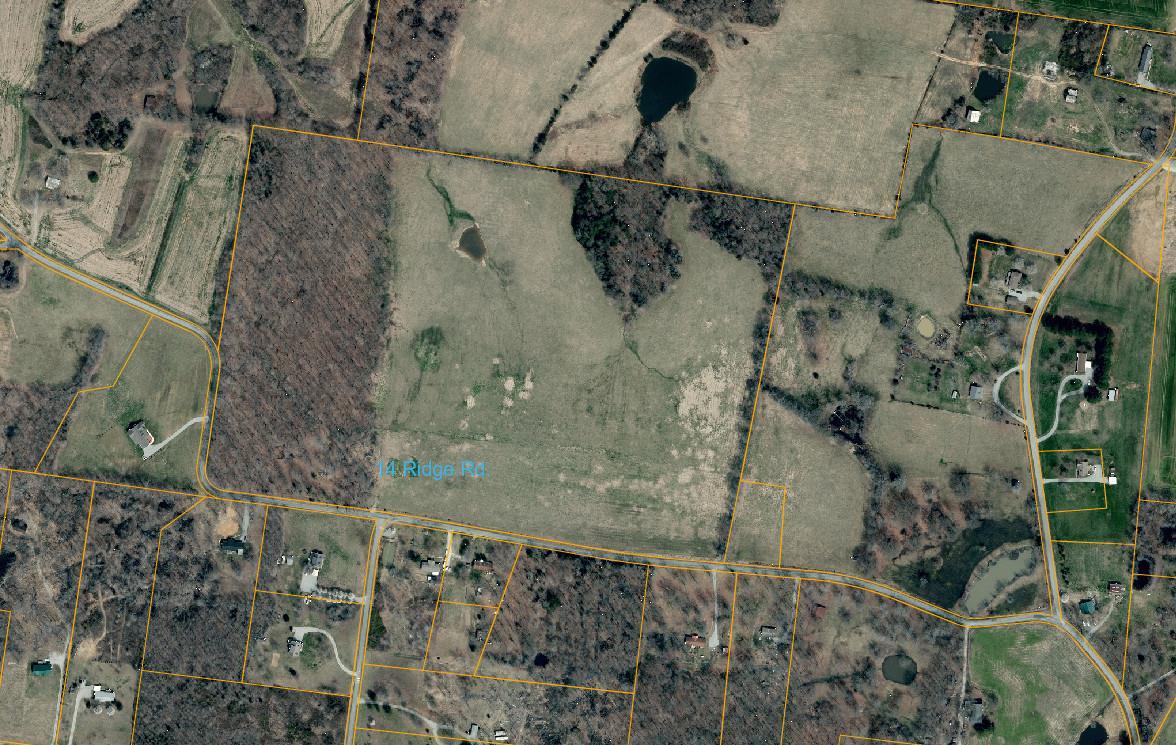 14 Ridge Rd, Cedar Hill, TN 37032