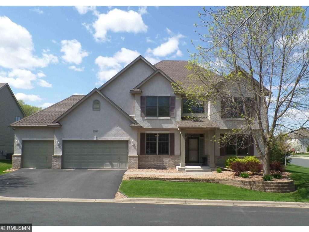 1361 Eagle Bluff Circle, Hastings, MN 55033