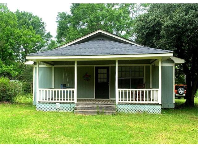 53 DYE Road, PRENTISS, MS 39474