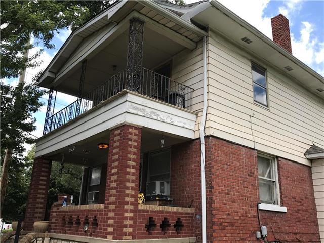 2200 E 8th Street, Kansas City, MO 64124