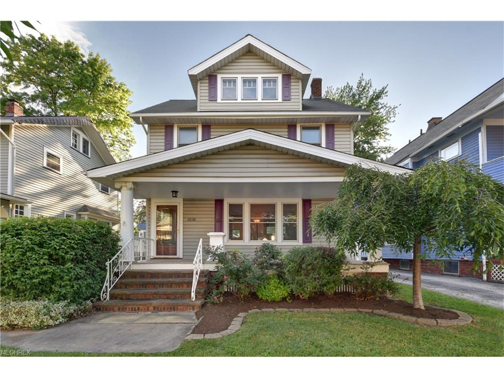 2038 Morrison Ave, Lakewood, OH 44107