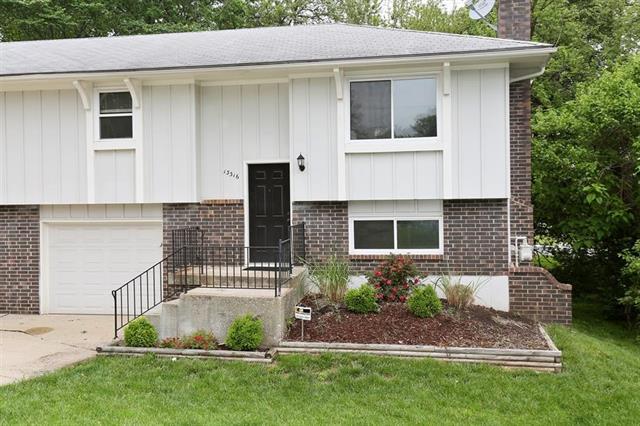 13316 W 89TH Terrace, Lenexa, KS 66215