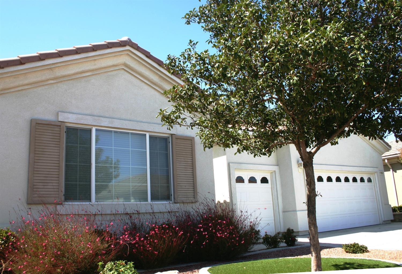 11006 Rockaway Glen Road, Apple Valley, CA 92308