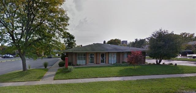 961 OAKWOOD Drive, Rochester, MI 48307