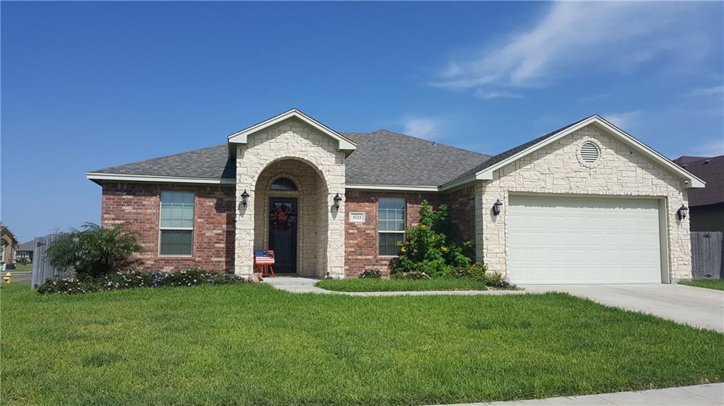 3721 Lake McQueeney Ct, Robstown, TX 78380