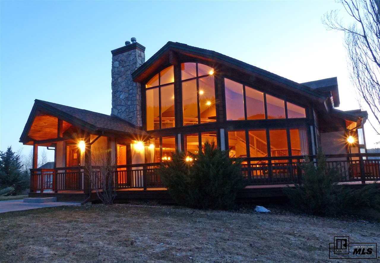 1897 Hunters Drive, Steamboat Springs, CO 80487