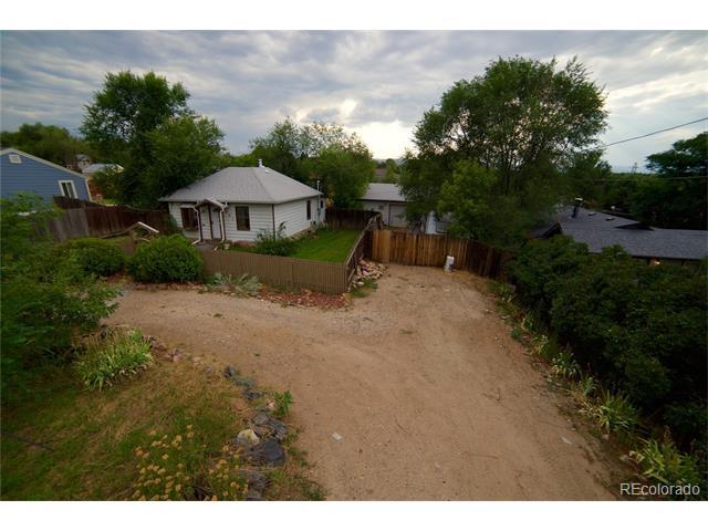 961 S Eaton Street, Lakewood, CO 80226