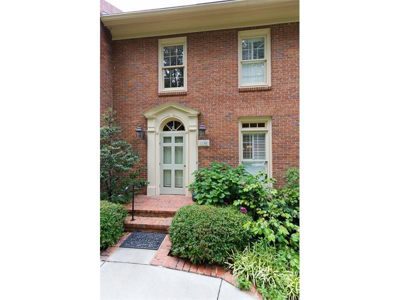 1220 NW Glendeven Court, Atlanta, GA 30318
