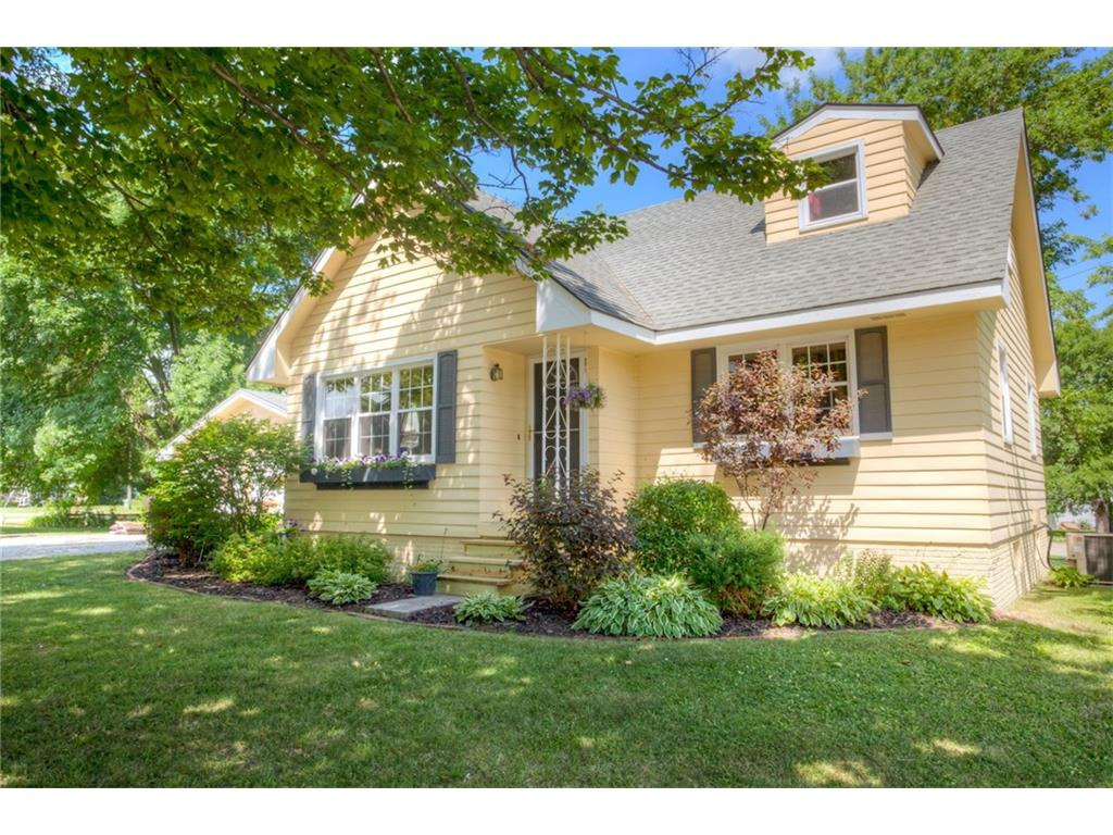 310 N 7th Street, Winterset, IA 50273