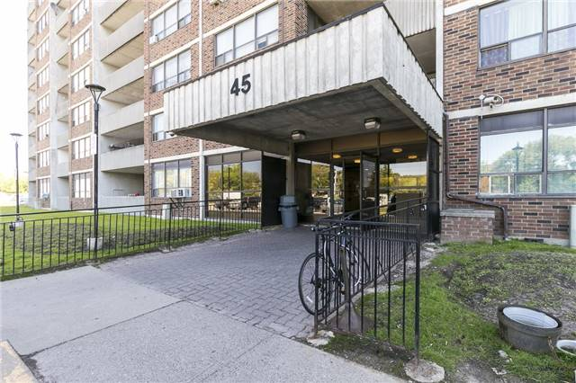 45 Sunrise Ave #504, Toronto, ON M4A 2S3