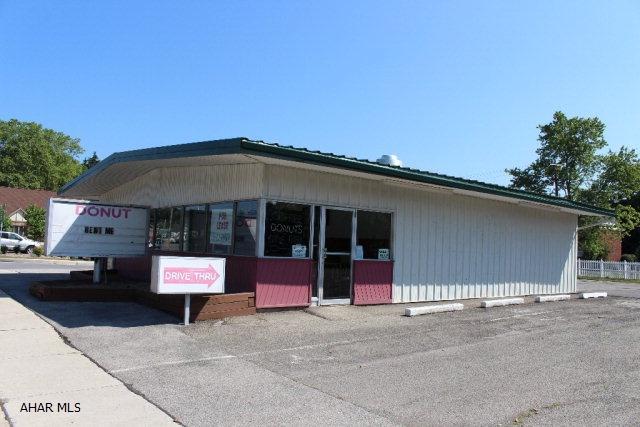 25-37 Logan Boulevard, Altoona, PA 16602