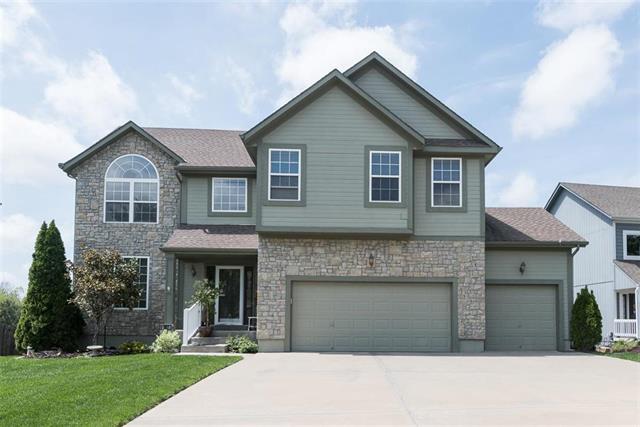 987 S Cedar Hills Street, Olathe, KS 66061