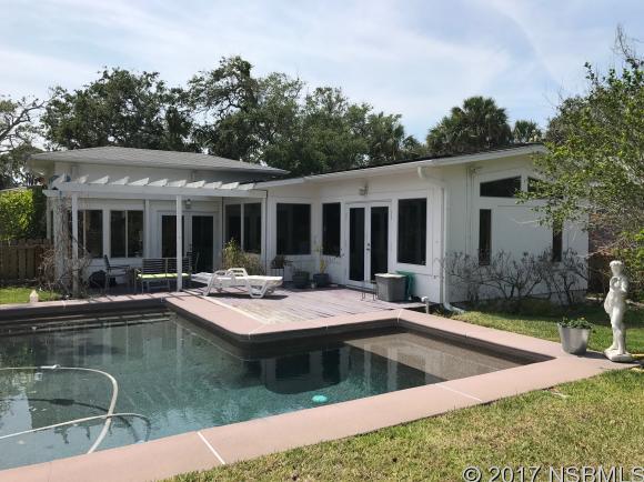 209 Canova Dr, New Smyrna Beach, FL 32169