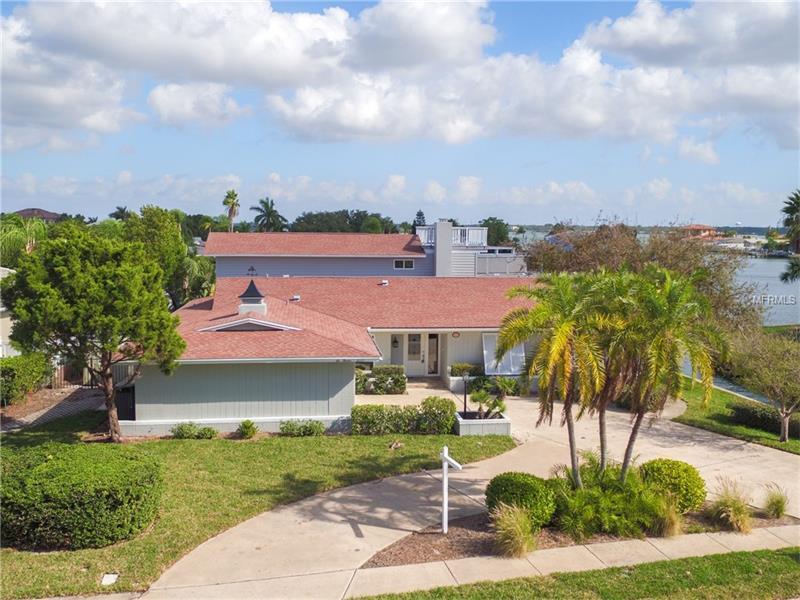 613 ISLAND WAY, CLEARWATER BEACH, FL 33767