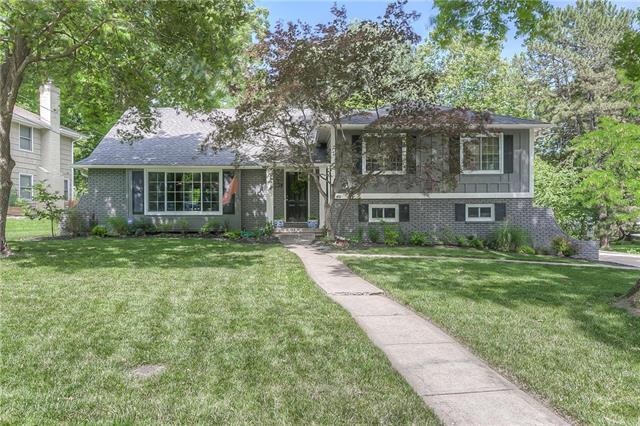 8025 Rosewood Drive, Prairie Village, KS 66208
