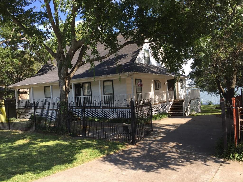 1809 E Lake Drive, Weatherford, TX 76087