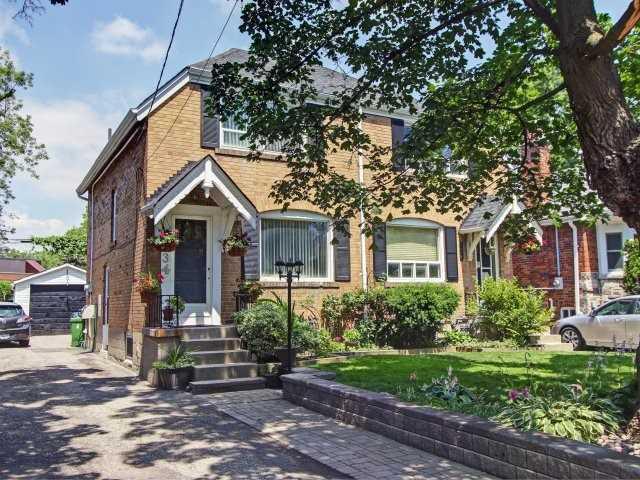 134 Glenvale Blvd, Toronto, ON M4G 2V9