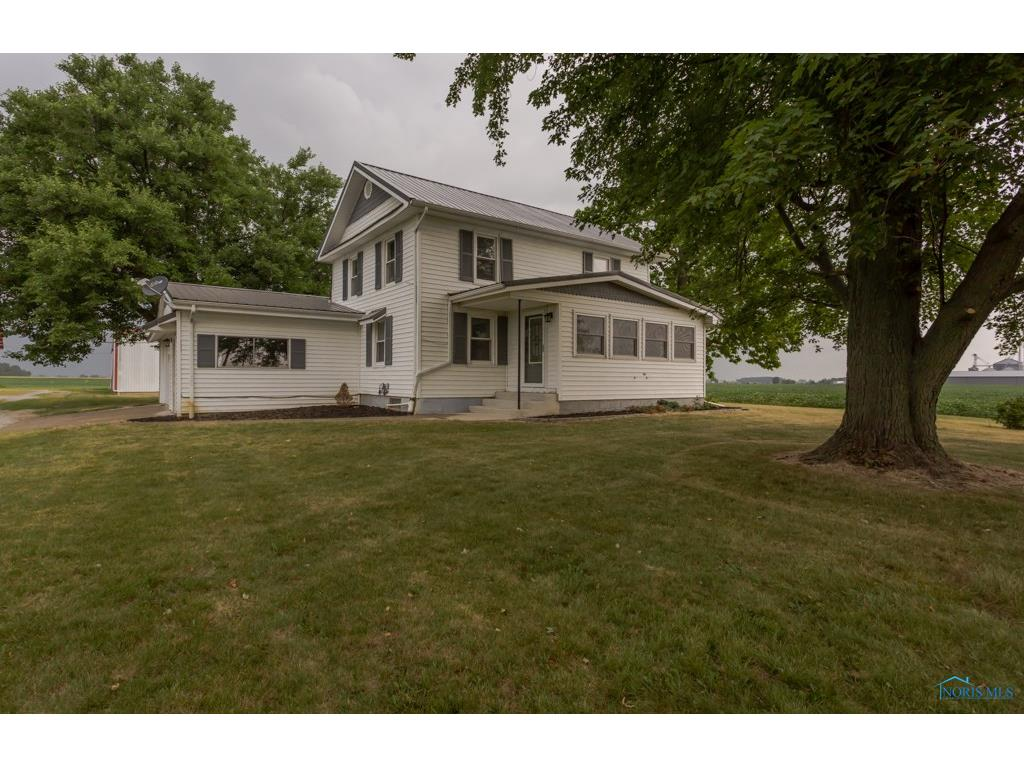 12414 State Route 120, Lyons, OH 43533