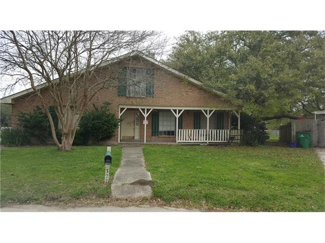327 ORMOND OAKS Drive, Destrehan, LA 70047