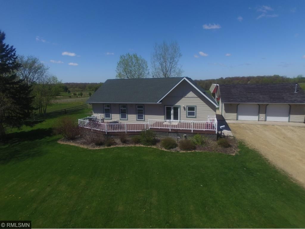 490 County Road T, Pleasant Valley Twp, WI 54015