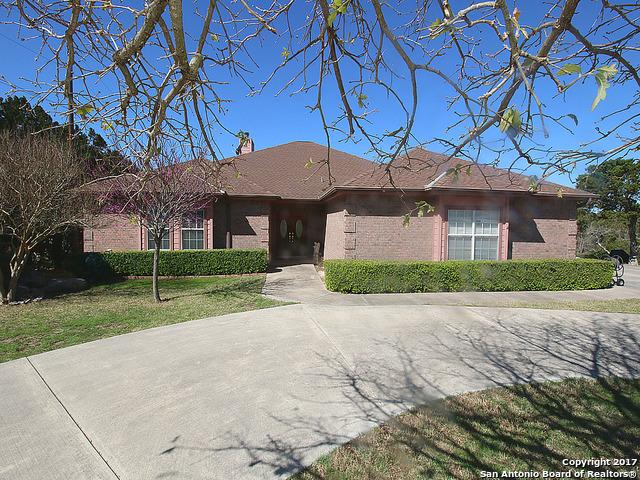 1119 Bellewood Ln, Canyon Lake, TX 78133