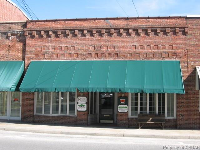 20 Church St, Mathews, VA 23109