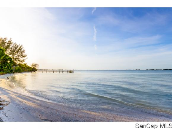 200 Periwinkle Way 211, Sanibel, FL 33957