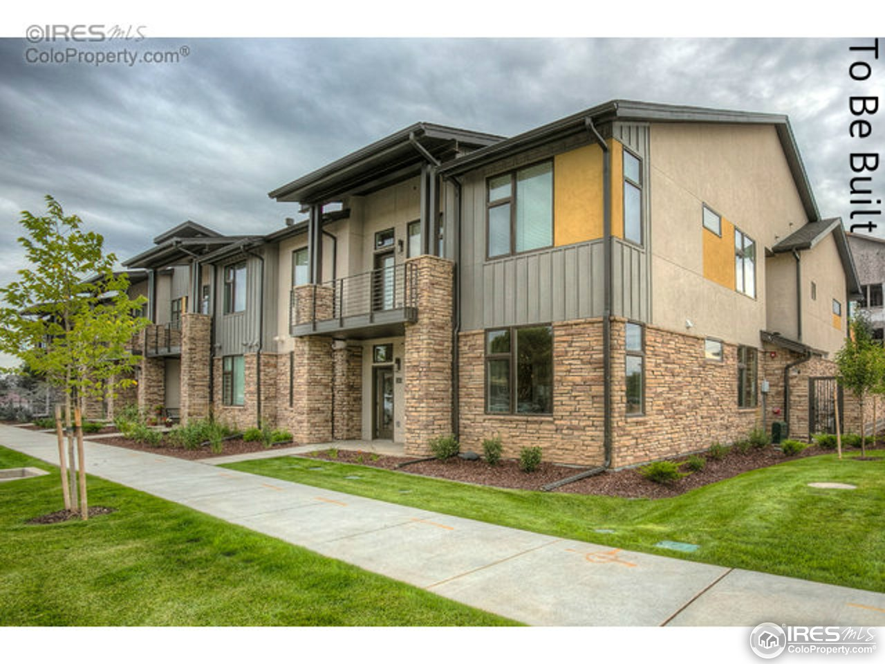 2727 Iowa Dr 101, Fort Collins, CO 80525