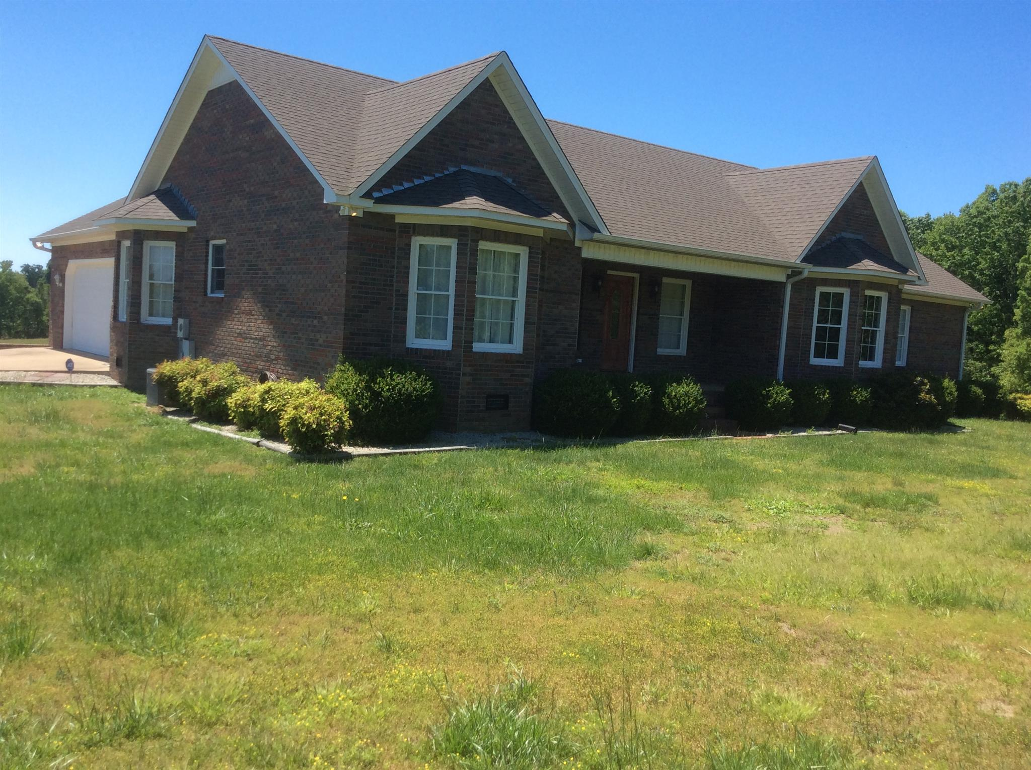 1195 Percy Brewer Rd, Collinwood, TN 38450