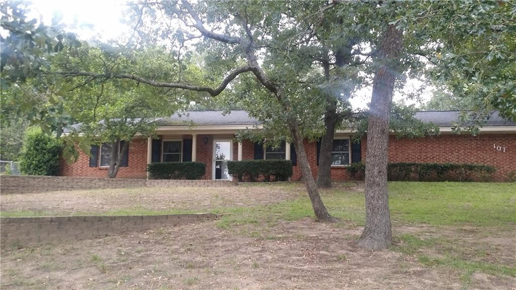 107 Brentwood Drive, Athens, TX 75751