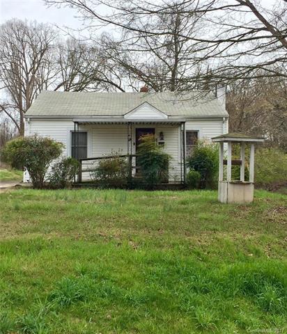 425 W Moore Avenue, Mooresville, NC 28115