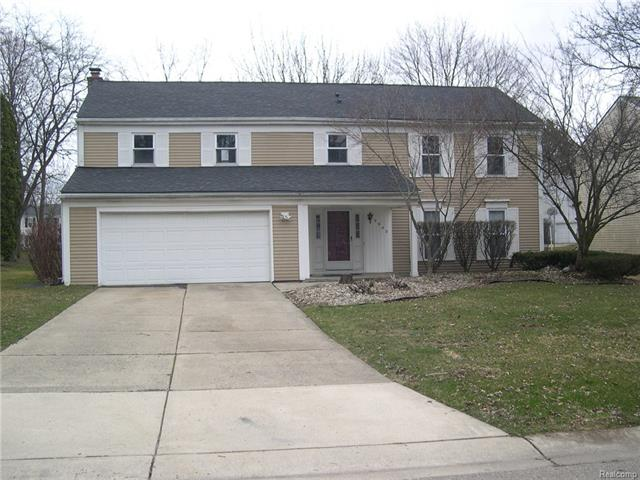 5548 S PICCADILLY, West Bloomfield Twp, MI 48322