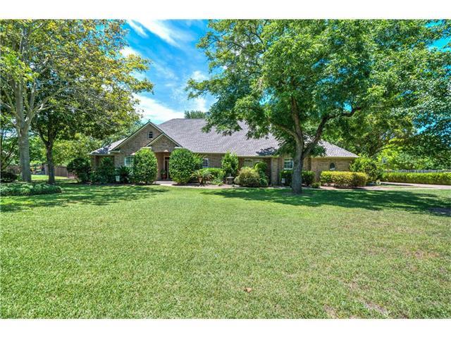 66 Woodland Ln, Round Rock, TX 78664