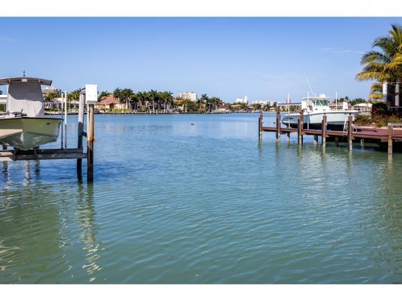 1510 CAXAMBAS, MARCO ISLAND, FL 34145