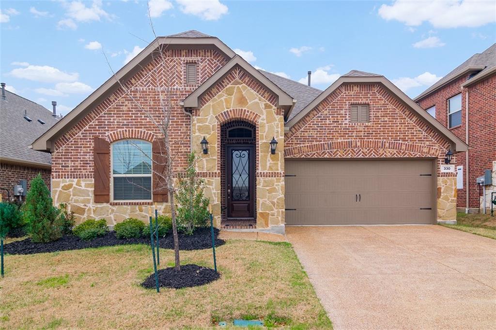 330 Wyndale Drive, Lewisville, TX 75056