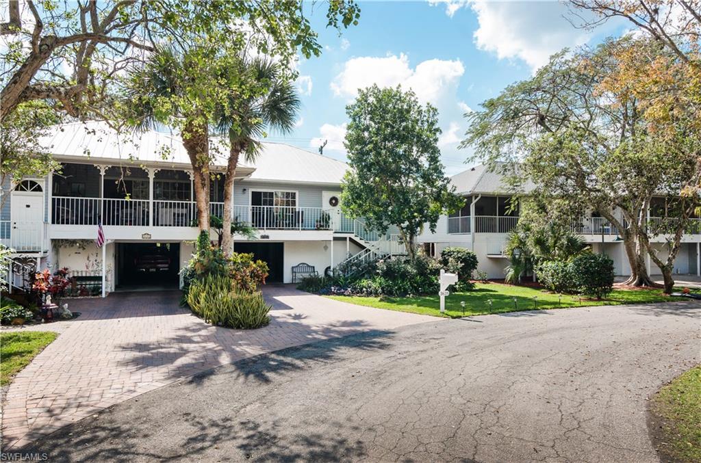 3628 Cottage Club LN, NAPLES, FL 34105