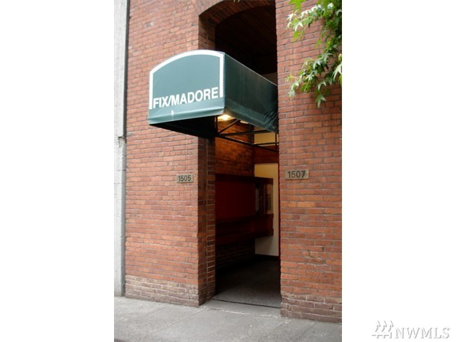 1507 Western Ave 402-3, Seattle, WA 98101