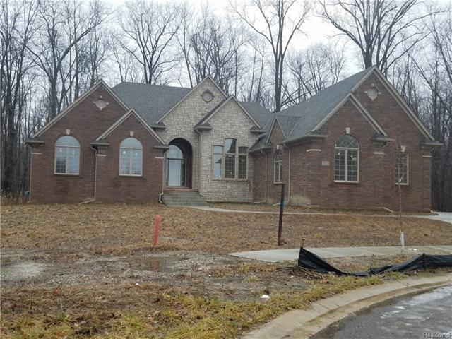 55820 BARBERRY, Shelby Twp, MI 48316