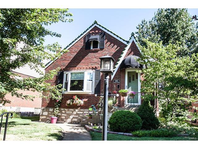 6053 Tholozan Avenue, St Louis, MO 63109