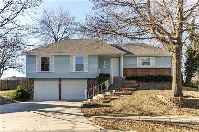 2417 W Post Oak Road, Olathe, KS 66061